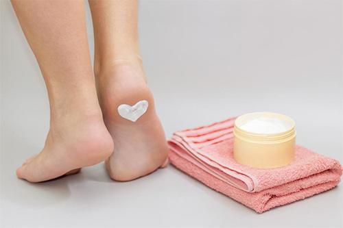 protect-feet-diabetes